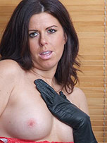 Preview Ladies in leather gloves - Gorgeous brunette Leanne working out in a pair of sexy leather gloves